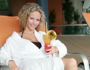 Relaxace u bazénu v AD Lara